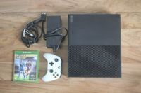 Xbox One mit Controller & Fifa 16