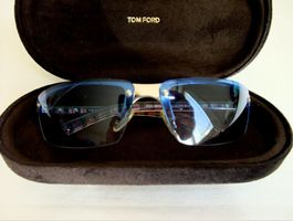 BURBERRY Sonnenbrille mit TOM FORD Etui