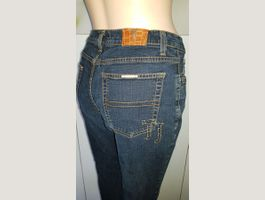 Jeans TRUSSARDI taille 38 CH (US 30)