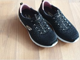 Skechers air-cooled relaxed-fit