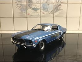 Ford Mustang GT Fastback 1968 1/18