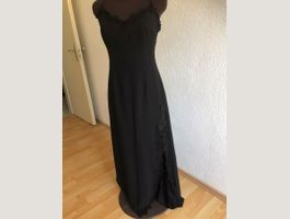Manifique robe MNG taille M