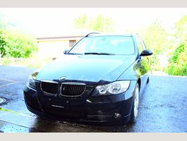 BMW 320i Touring Access Steptronic