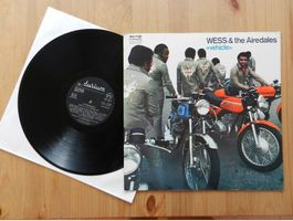 Wess & the Airedales ***Vehicle