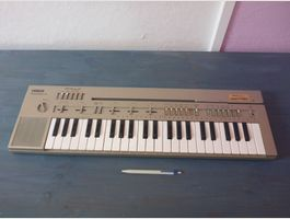 Keyboard Yamaha PortaSound PC-100