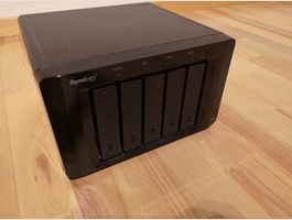 Synology DiskStation DS1511+ mit 5x3TB