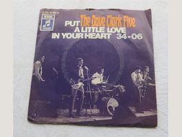 The Dave Clark Five – Put A Little Love