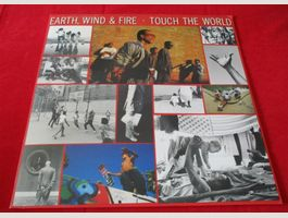 Earth, Wind & Fire – Touch The World