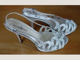 toller Pumps,  Alluie Bridals Gr. 37,5