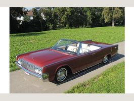 Lincoln Continental 4-türiges Cabriolet