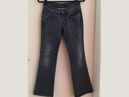 Jeans luxe Hugo Boss gris comme NEUF 26