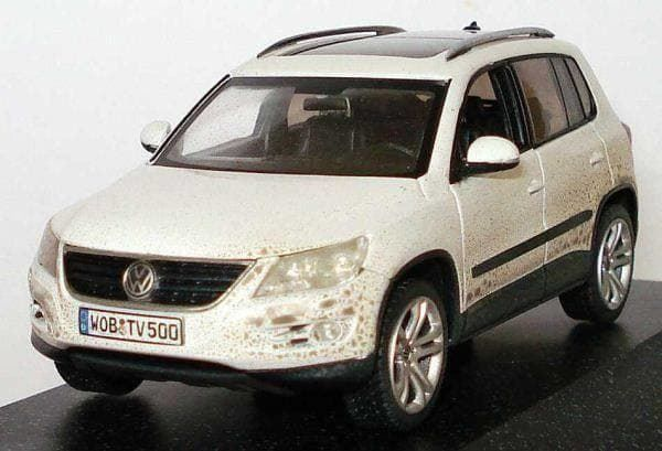 vw tiguan phase i 2007 2011 weiss in gerlafingen kaufen. Black Bedroom Furniture Sets. Home Design Ideas