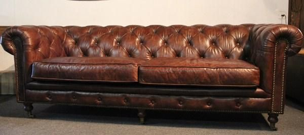 vintage leder chesterfield sofa 3 sitze in cressier kaufen bei. Black Bedroom Furniture Sets. Home Design Ideas