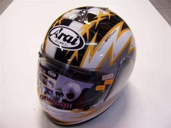 Arai Helm Voltage yellow
