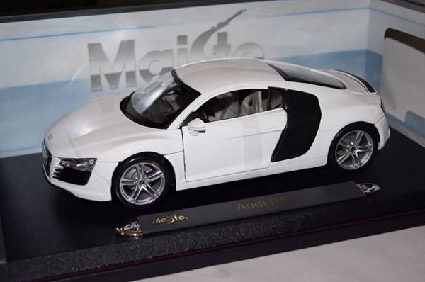 audi r8 weiss 1 18 maisto suhr acheter sur. Black Bedroom Furniture Sets. Home Design Ideas