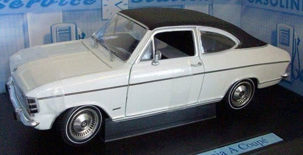 opel olympia a coupe 1962 1 18 revell kaufen auf. Black Bedroom Furniture Sets. Home Design Ideas