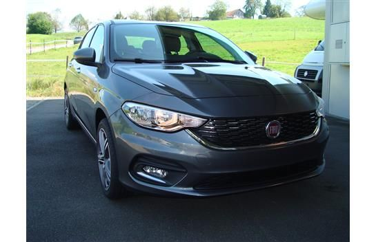 Fiat Tipo 4-Türen/portes Modell 2016- Tipo 1.4T Opening Edition